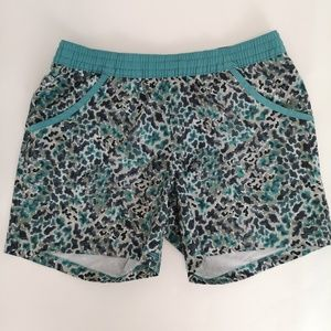 "Columbia Womens  Shorts Camo Size S 6"" Length"